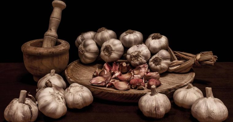 garlic-mortars-spices-food-wooden-farm-picture-hd-widescreen