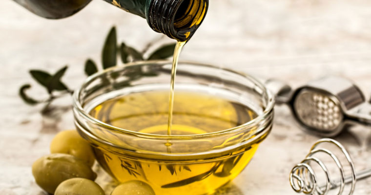 olive_oil_olives_tableware_106158_3840x2160